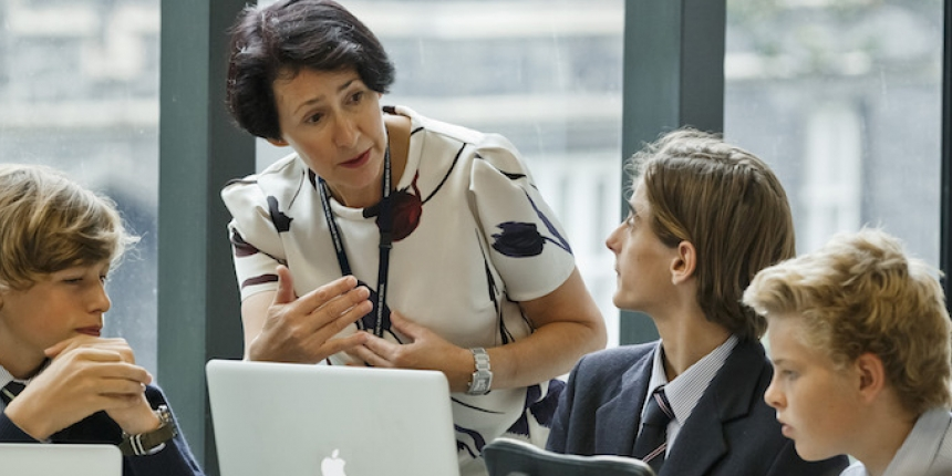 Melbourne Grammar School cuts administration tasks and